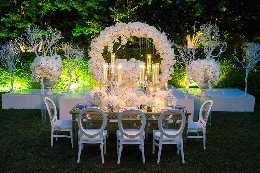 Disney weddings 2018 decor trends disney weddings we have noticed that brides are requesting extremely elegant weddingsbut not old fashioned adding whimsical elements can take a classy junglespirit Images