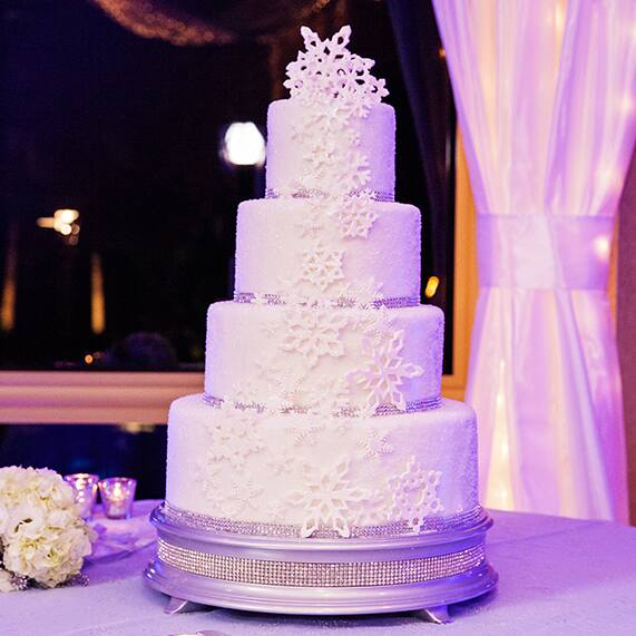 Wedding Cake Wednesday Winter Snowflakes