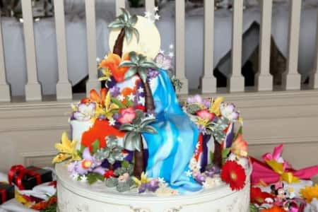 disneyland wedding cake flavors wedding cake wednesday tropical flair disney weddings 13560