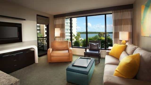 Rooms & Points | Bay Lake Tower at Disney's Contemporary ...